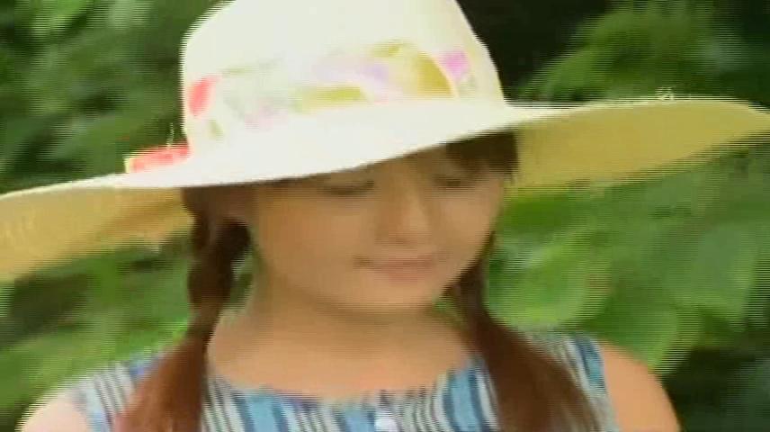 【愛葉亜希・ヘンリー塚本】昭和の暑い夏、夜の広場の上映会で知り合った村のゴロツキに竹林でハメられる美少女