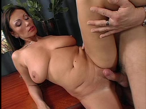 image Pretty euro girl gets her pussy creampie