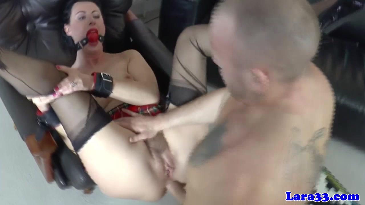 Lara's anal solo