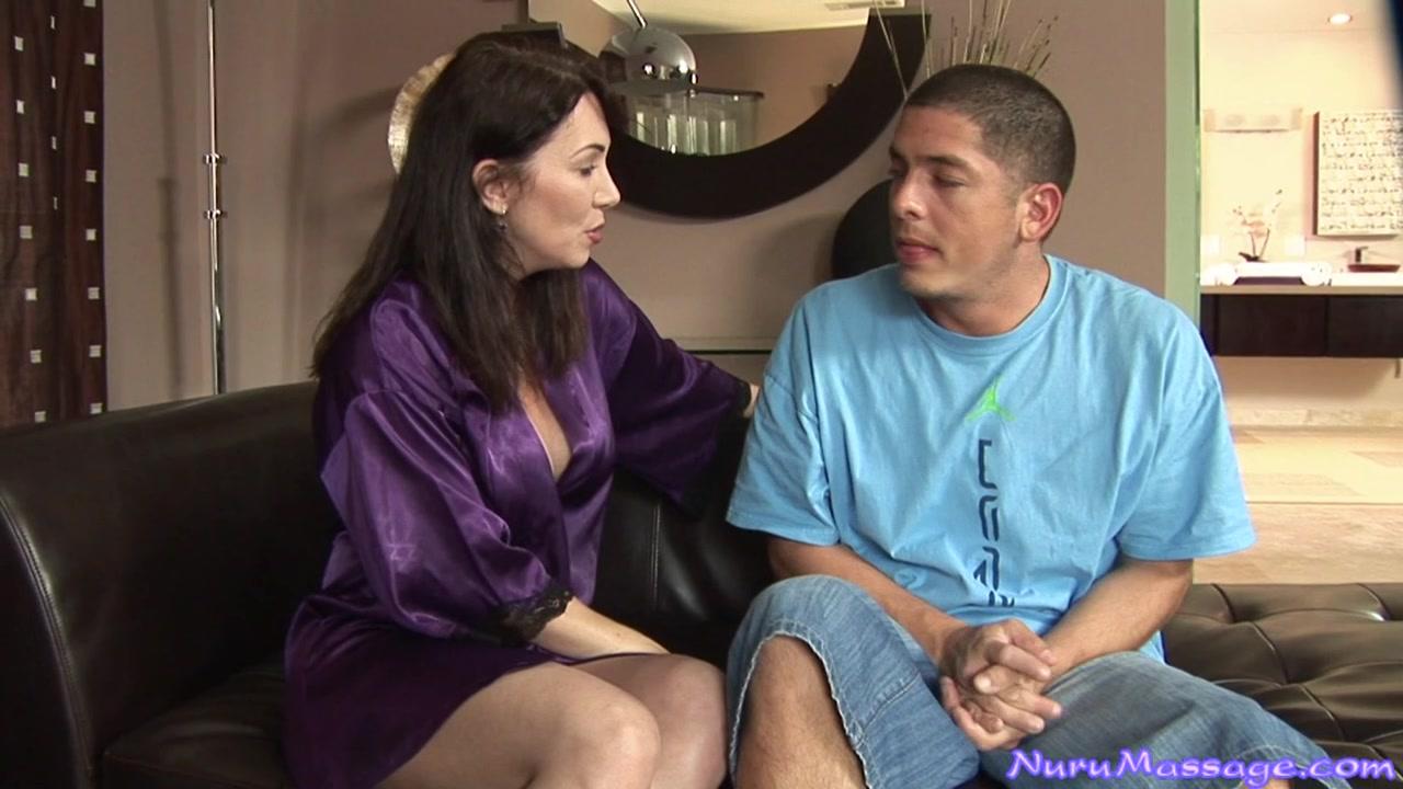 rayveness nuru massage Rank