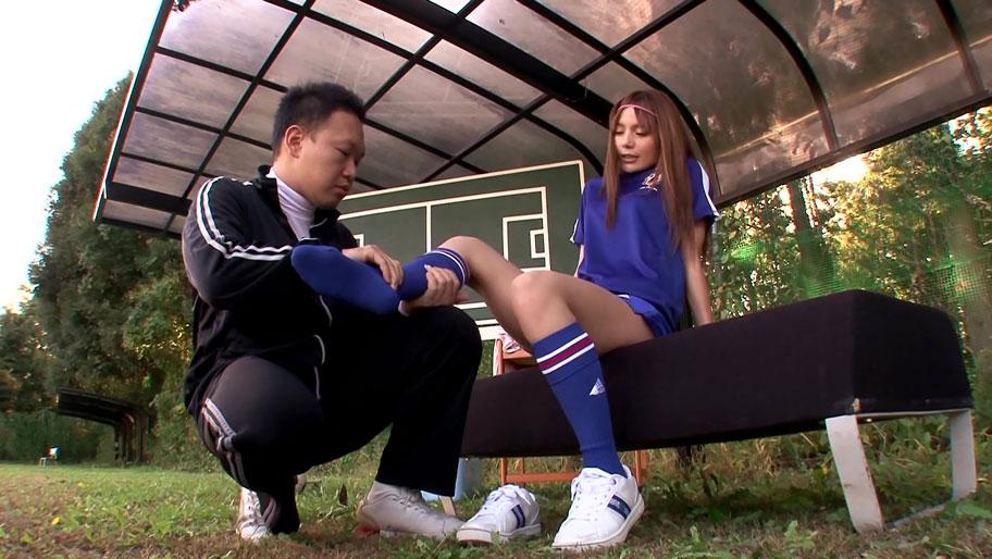 Rio 柚木ティナ お外で可愛い女の子とヤるのは最高です。