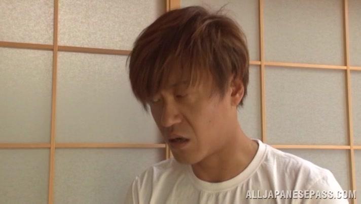 立花紫保 熱いアジアの主婦 偉大な頭を与える 311455 | 無料アダルト動画Ch