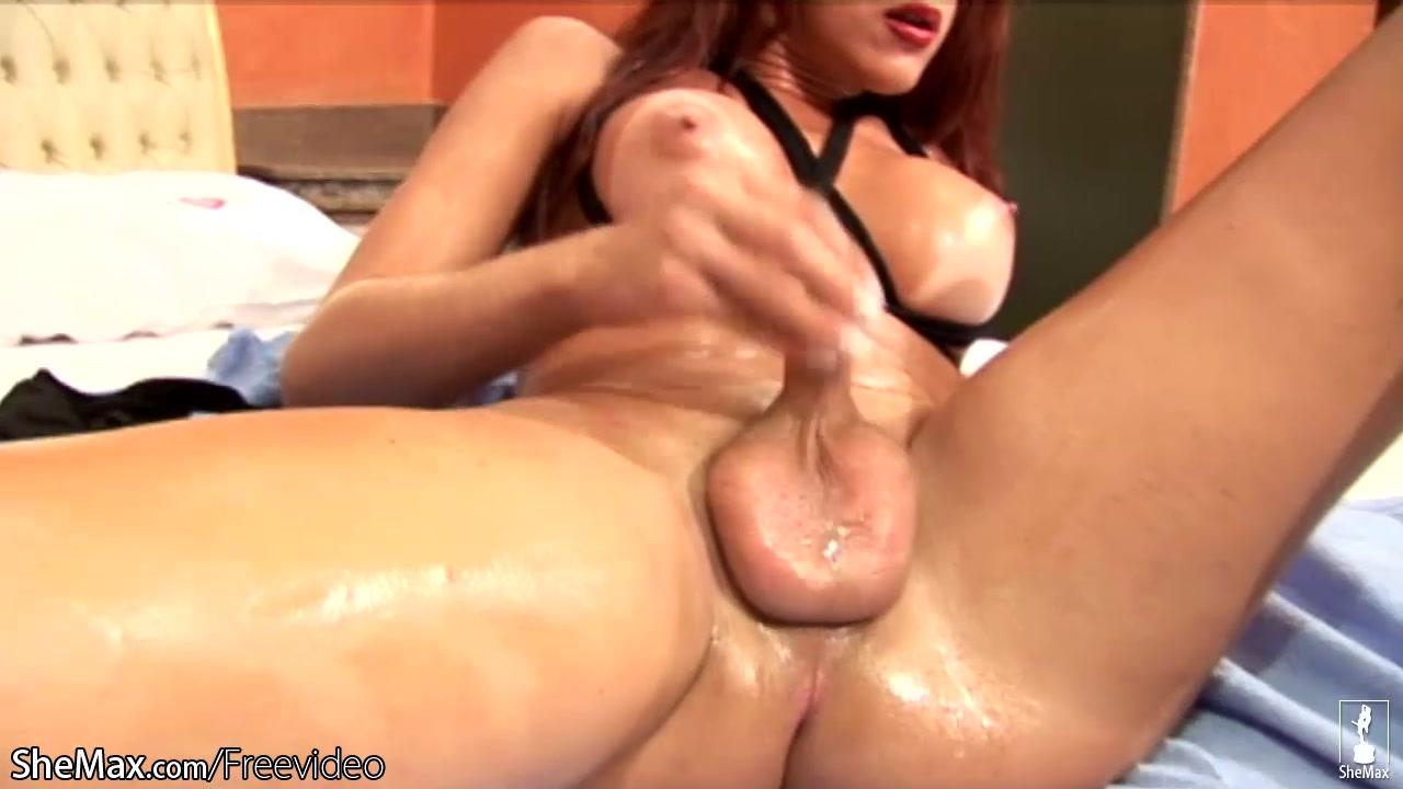 Naked women big ass pussy