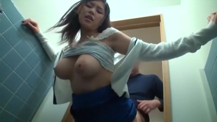 Amazing face asian girl showing on cam 4