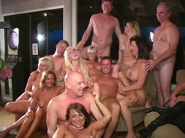 v-klube-seks-v-pitere